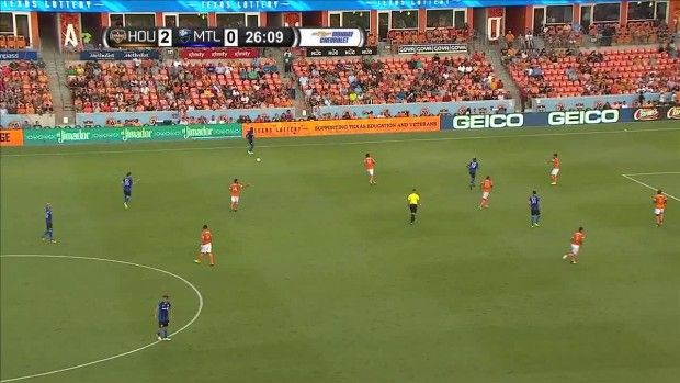 #MLS  CHANCE: Mancosu misses a great chance wide right