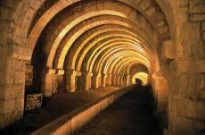 La Grande Saline de Salins-les-Bains fut en activité pendant 1200 ans, jusqu'en 1962. De 1780 à 1895, son eau salée a été acheminée sur une distance de 21km par des saumoducs jusqu'à la Saline Royale d'Arc-et-Senans. #unesco #whc