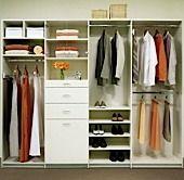 Garde‐robes sur mesure, penderie et rangements. Closets by design vous offre plusieurs types de garde‐robes pour maximiser votre espace et vous organiser.