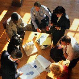 Новая система вознаграждения создаст мотивацию для достижения целей, поставленных в процессе разработкт плана оздоровления предприятия.