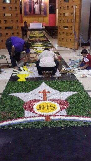 Corpus Cristi alfombra de flores Santuario Tuparenda