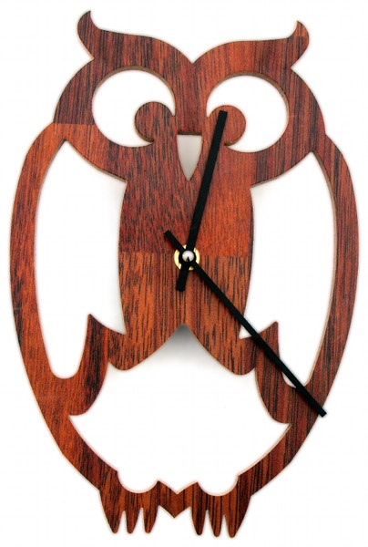 Ugly Owl clock. $25.  Don't we just love those owls?