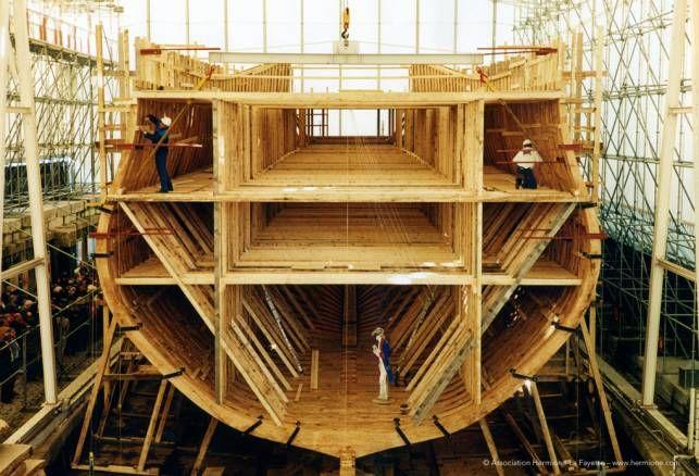 Construction site - l'Hermione! - http://www.visit-poitou-charentes.com/en/Poitou-Charentes-Blog/News-Offers/The-Frigate-Hermione-making-waves-across-the-Atlantic