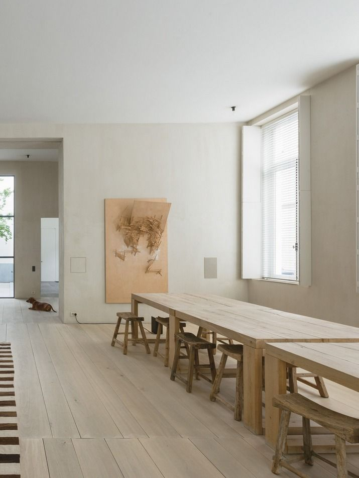 Atelier de Saint-Paul dining table at Vincent Van Duysen's private residence in Antwerp.