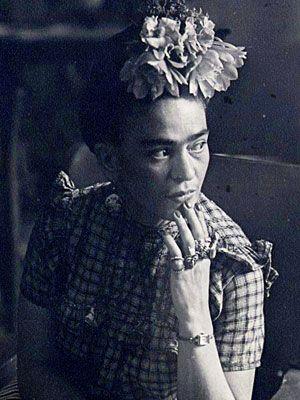 Frida: Things Frida, Kahlo Style, Beautiful Biographies, Frida Mi, Frida Kahlo, Rings, Fridakahlo, Frida Monkey, Frida Khalo