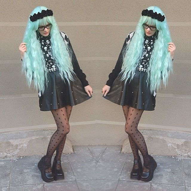 """pastel-goth-princess: """"victorialovelace: """" #outfit #ootd #streetstyle #streetfashion #pastelgoth #nugoth #goth #gothic #minthair #glasses """" """""""