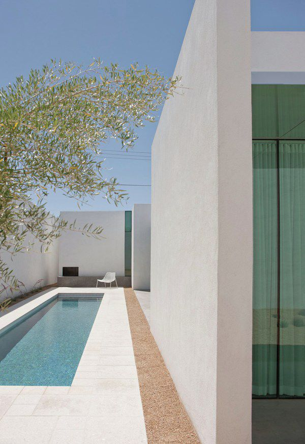 A beautiful little pool tucked within the walls of a Tucson Arizona home. Design: HK Associates. Photo: Bill Timmerman.
