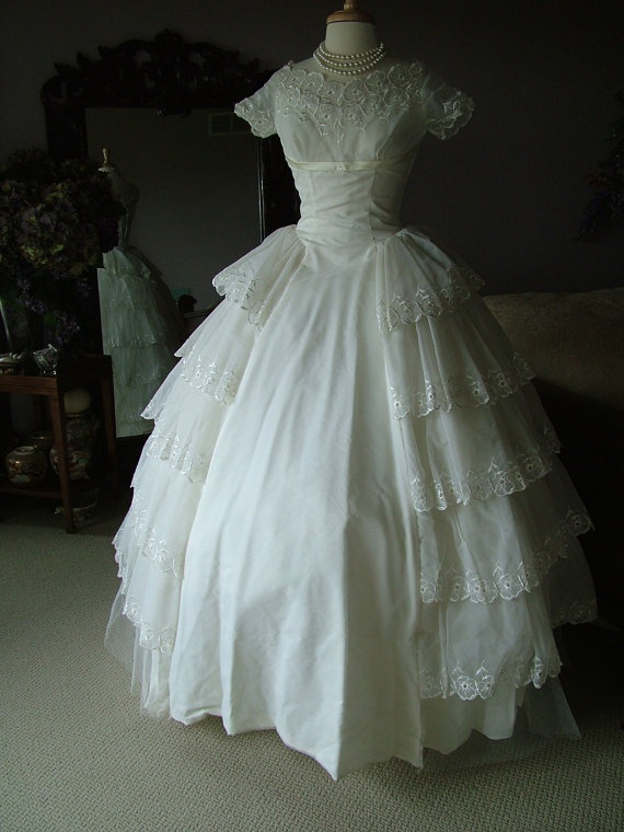 1950 39 s wedding gowns a collection of ideas to try about for Where to buy a wedding dress in boston