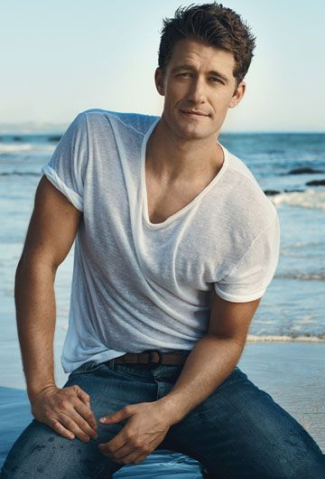 There is a vibe of sexiness about Matthew Morrison that just hard to describe, because let be honest he's not as hot as a bunch of sexy celebrity out there. But with this particular photo shoots from Delta shows something about him that just too damn attractive. Look at the gesture of  his body!