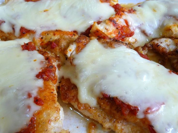SPLENDID LOW-CARBING BY JENNIFER ELOFF - Chicken Parmigiana - super make-ahead recipe - so good! Visit us at: https://www.facebook.com/LowCarbingAmongFriends