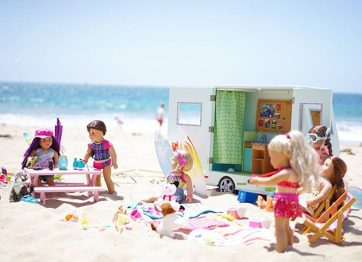 Fun beach party for American Girl Dolls.