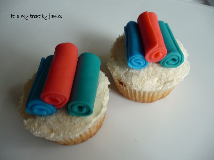 yoga mat cupcakes, too cute!!!! Loved and pinned by www.downdogboutique.com
