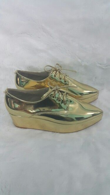 Wedges gold Handmade Made in indonesia Cp : +62 8151855256