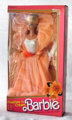 Barbie splendeur ! Sa robe me faisait rêver !