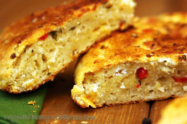 chlebek z grillowaną papryką