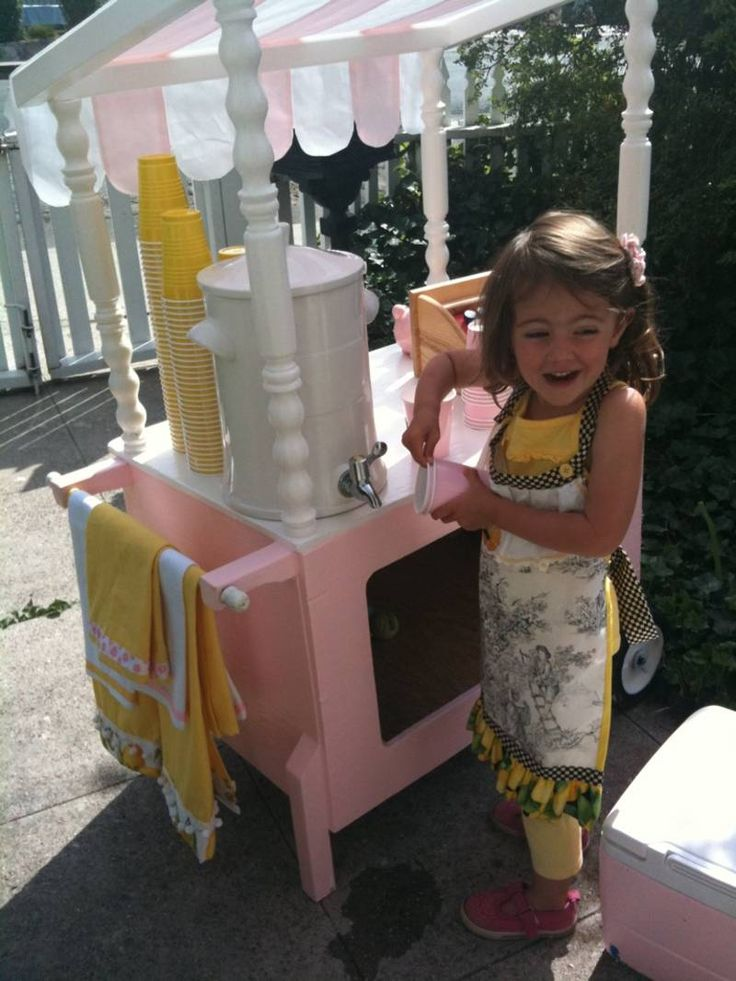 51 best lemonade carts tables and stands images on for Kids lemonade stand plans