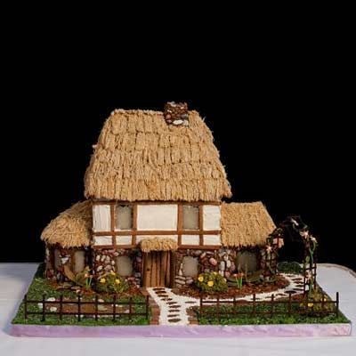 Gingerbread House Pictures - Best Pictures of Gingerbread Houses - Delish.com
