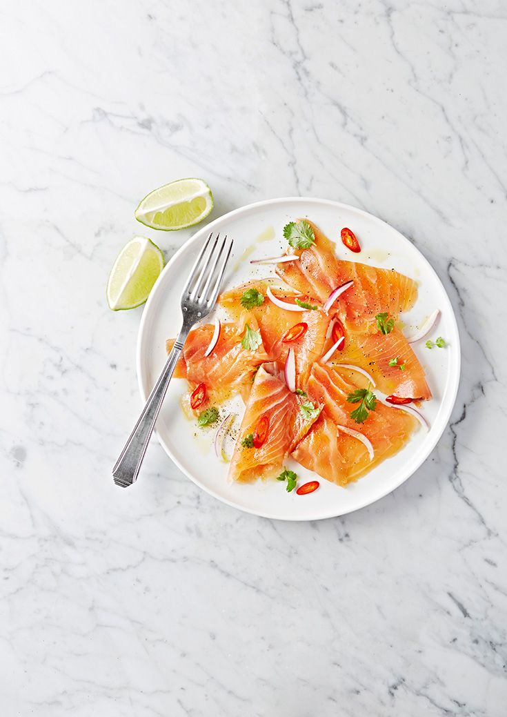 Ceviche van gerookte zalm https://hyper.carrefour.eu/nl/recept/ceviche-van-gerookte-zalm?utm_campaign=trv-w02-trf-oingoing&utm_medium=social&utm_source=pinterest-nl&utm_content=board%20fish&utm_term=image