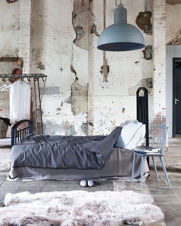 Destroyed bedroom walls.  Source: Pinterest  #bed #room #destroyed #walls #white #bedtime #flooring #instaliving #design #hipster #bedroom #bedroomdecor #interior #interiør #interiordesign #interiorstyling #style #stylish #light #lights #natural #lighting #floors #loft #art #sundaylife by sunday.life