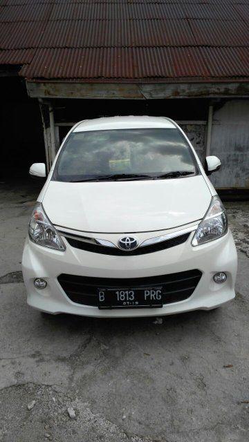 Sewa Mobil Jakarta - DOcar