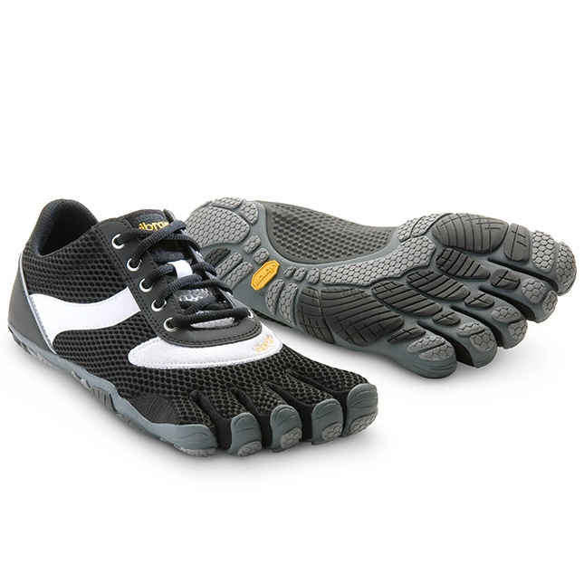 Speed in Black/White $99.95 at ShoeMill.com - Vibram Five Fingers