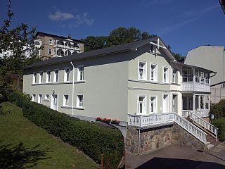 Ferienwohnung 2 auf Sassnitz: 1 Schlafzimmer, für bis zu 4 Personen. Moderne Ferienwohnung am Meer in der Sassnitzer Altstadt (FW2) | FeWo-direkt