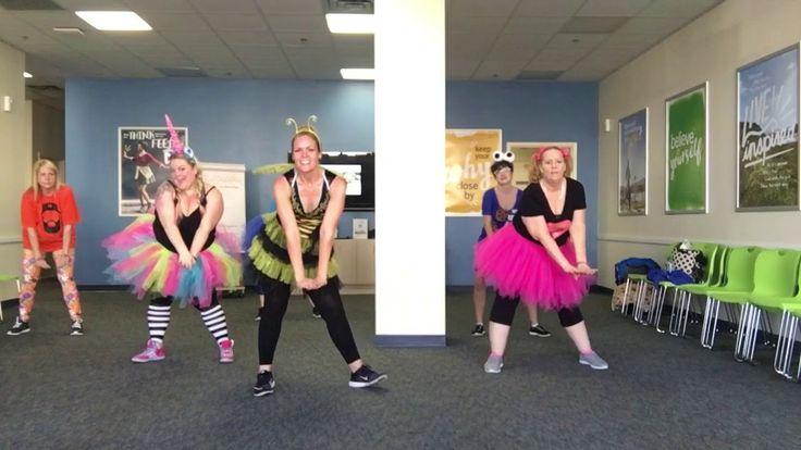 Shake Senora Pitbull Jamie Bell Zumba Fitness Dance Choreography - YouTube