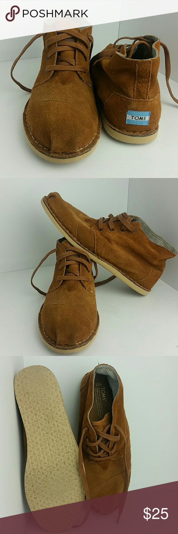 TOMS MEN'S FASHION CHUKKA SNEAKERS VERY CLEAN INSIDE-OUT   SKE # TKO TOMS Shoes Sneakers