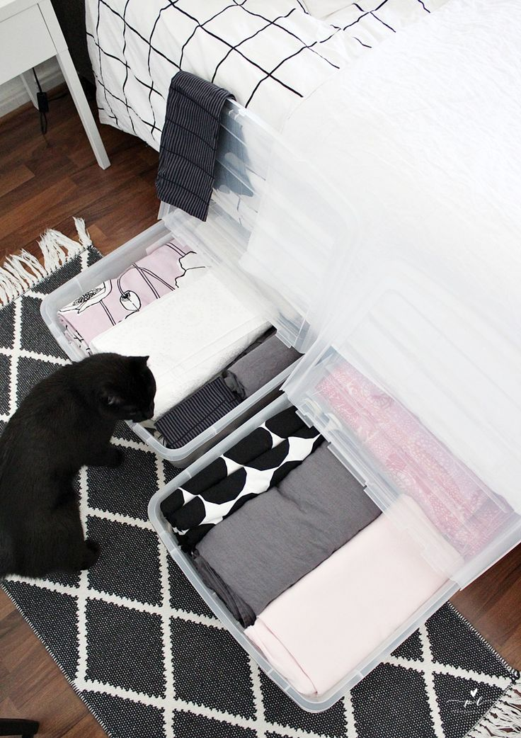 Underbed storage provides the perfect solution for bedroom storage. Create new storage possibilities under the bed and free up valuable space in the closet and wardrobes! These underbed storage boxes are easy to roll under the bed and back.