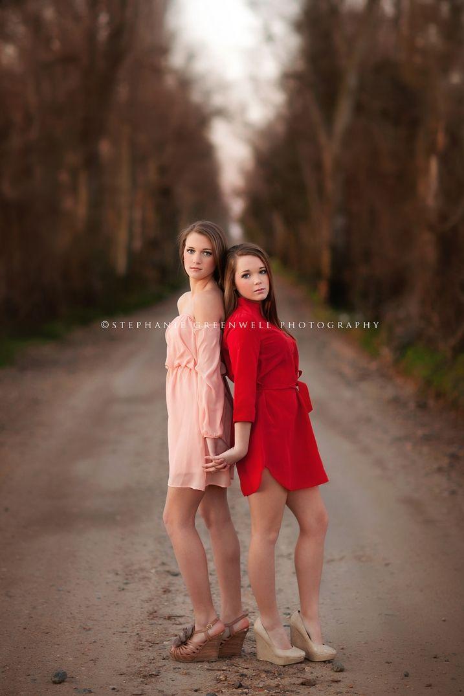 senior twin girls sisters gravel road senior style stephanie greenwell southeast missouri photography