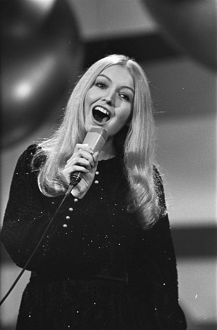 Eurovision Song Contest 1970 - Mary Hopkin 1.jpg Those were the days my friend, we thought they'd never end......