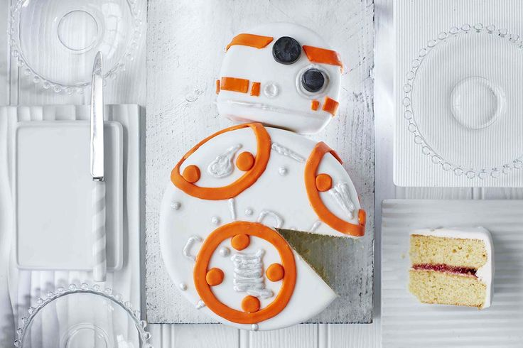 Stars Wars Droid Cake, Tesco Online