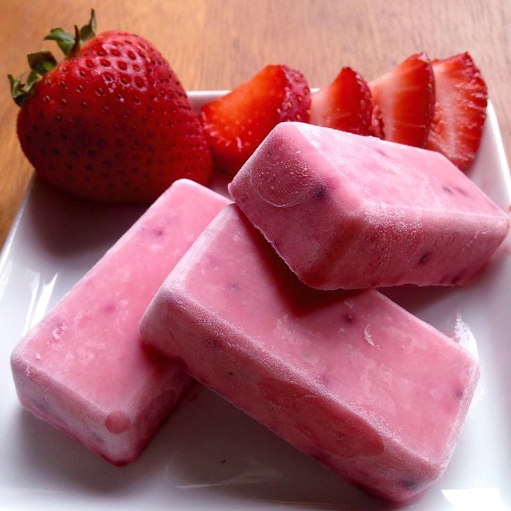 Strawberry Banana Yogurt Pops. Recipe: 1 Frozen ripe banana, 1 cup cut fresh strawberries, 1 cup plain or vanilla greek yogurt, 1 tbsp Summer Berry Fruit Dip Mix. Blend until smooth in blender or food processor. Pour into your perfect petite, sprinkle with Berry Basil Rim Trimmer and freeze. (Doubling this recipe will fill your Perfect petite) To order or view catalogue visit: http://denisethibodeau.myepicure.com/
