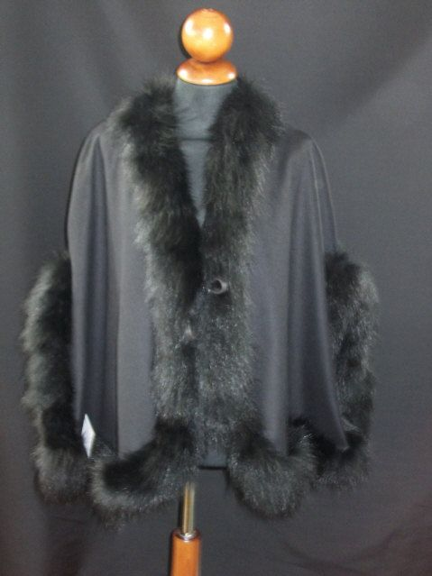 Beautiful Cape in Pure Wool   with edge of  by ItalianFursDesign, €220.00
