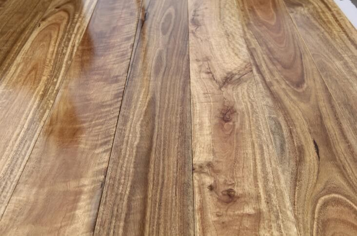 Select Spotted Gum Engineered Hardwood Flooring