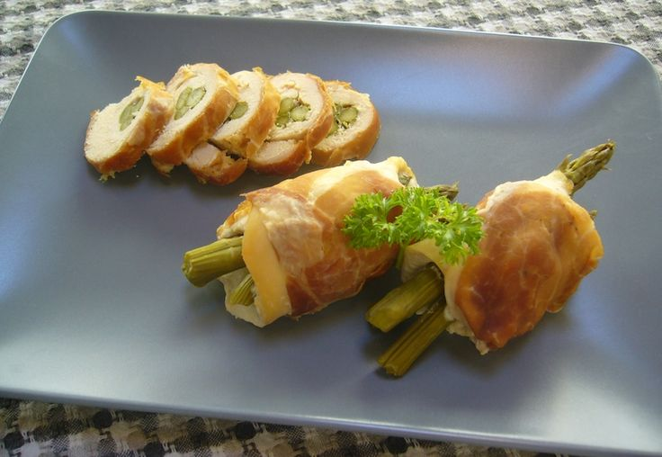 Paleo roll ups:chicken and asparagus