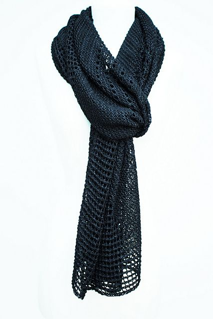 Ravelry: Shine stole with DyeForYarn Fingering Tussah Silk - knitting pattern by Janina Kallio.