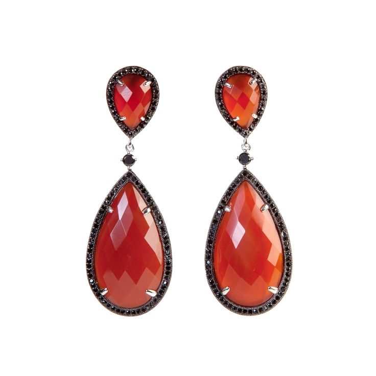 This #Ultimaedizione red agate stone drop #earring is surrounded by dark zircons and it is suitable for every kind of events. #Jewel #Fashion #Stylemaker #Completeyouroutfit
