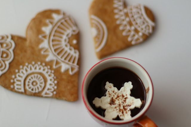 Unique hot chocolate and gingerbreads