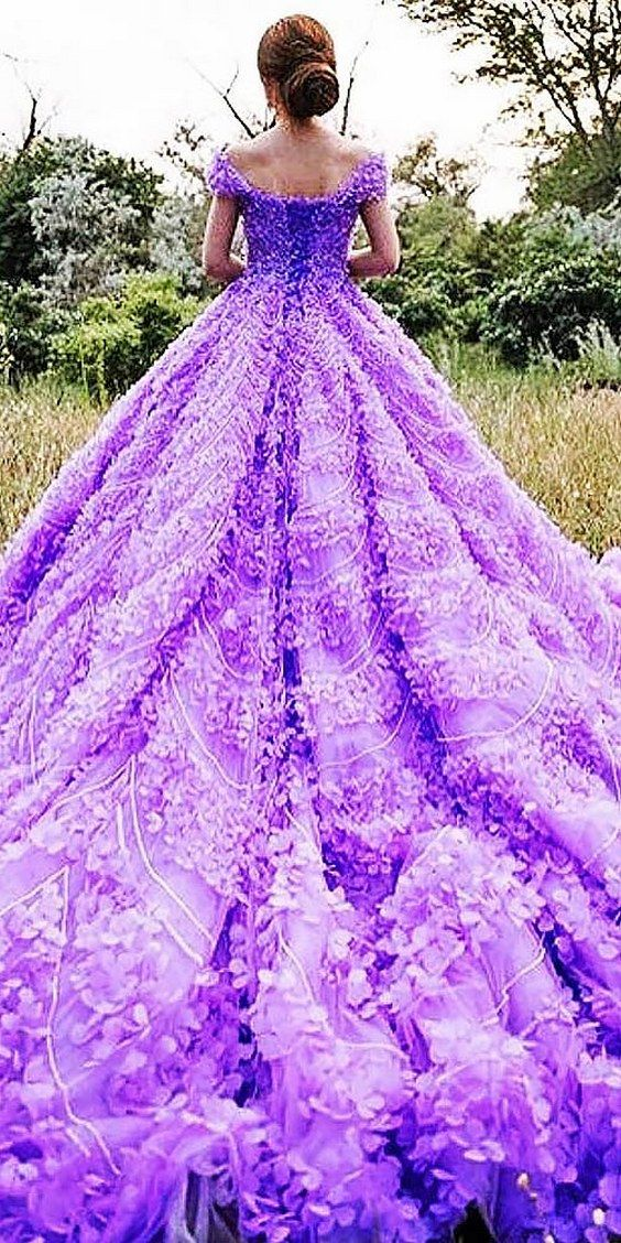 michael5inco purple wedding dress / http://www.himisspuff.com/colorful-non-white-wedding-dresses/7/