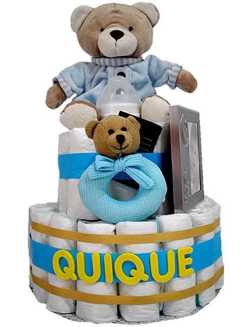 Tartas de pañales, regalo práctico donde los haya, absolutamente todo se aprovecha y con una gran originalidad.  La calidad es máxima y el diseño único, apuesta por nuestros productos de Chocolat Baby, buen regalo asegurado. Muchas más en www.regalosbebedeluna.com