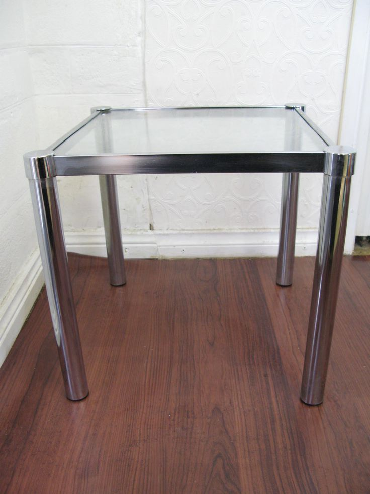 $20 Vintage SQUARE GLASS TABLE Silver Chrome Lamp Display 40x40x37cm Text 0411691171 or email info@bitspencer.com