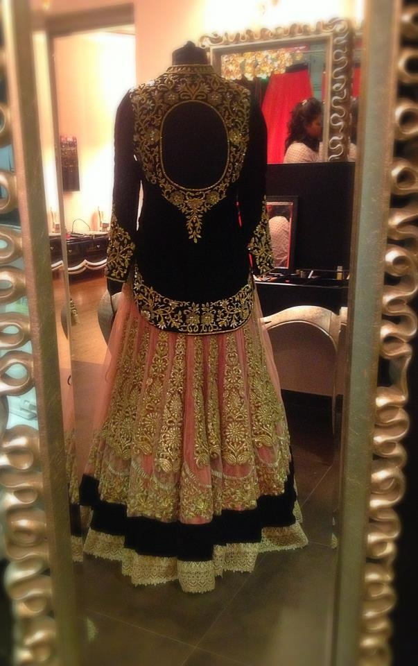 Looouve the jacket top! And the circular embroidery on it! #indianwedding