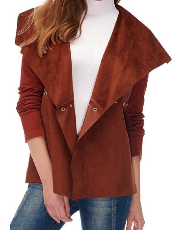 Ceket.  Tüm detaylar için www.fashionturca.com 'dan ulaşabilirsiniz.