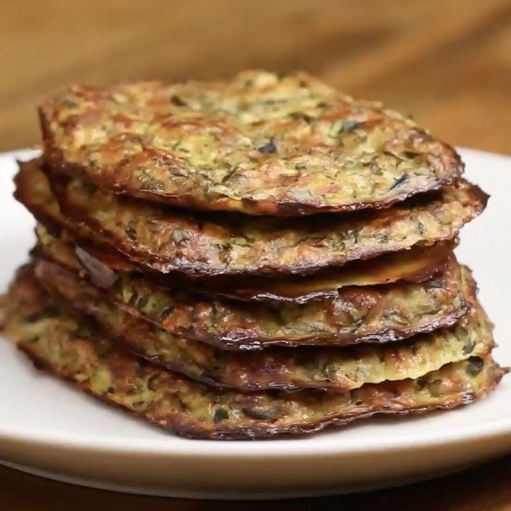"""14.6k Likes, 309 Comments - Goodful (@goodful) on Instagram: """"Veggies for breakfast 💚✨! # ZUCCHINI HASH BROWNS Servings: 6 INGREDIENTS 2 zucchini squash Salt, to…"""""""