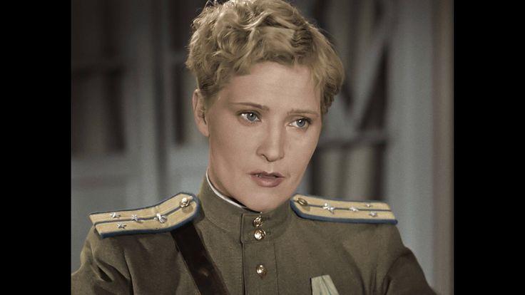 Небесный тихоход (1945) = Катюша (Людмила Глазова)