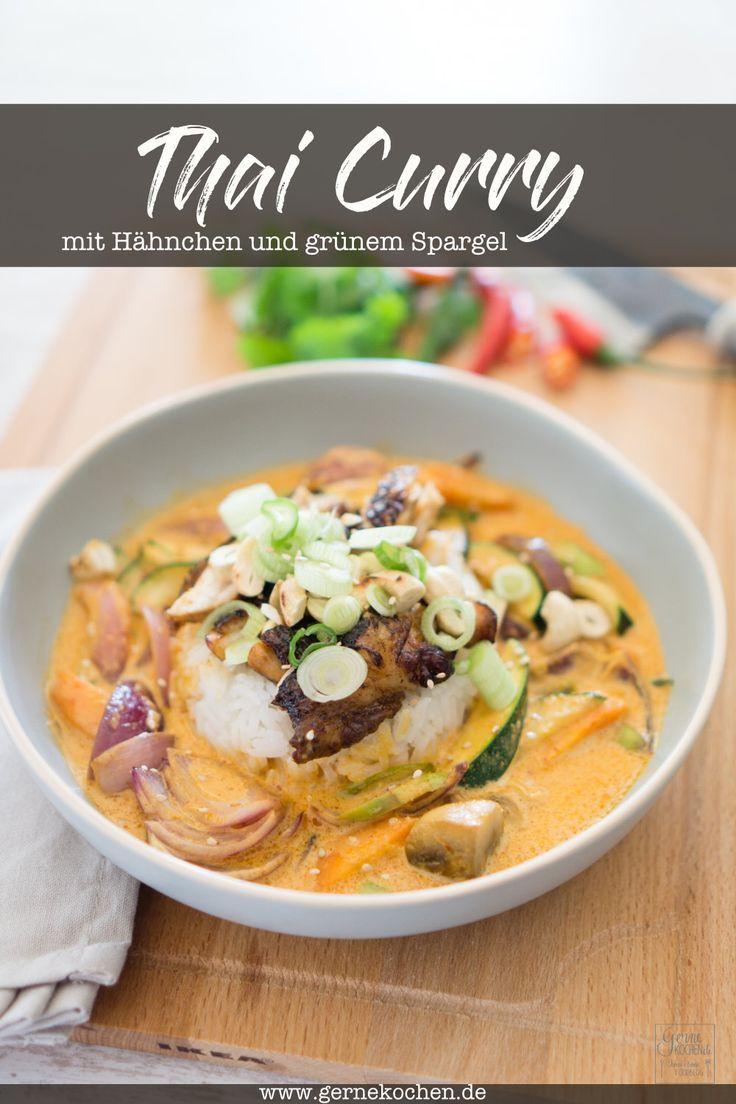 Rotes Thai Curry mit Hähnchenfleisch