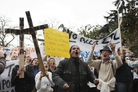 No alla Ztl: i napoletani contro de Magistris © Machi di Pace | Campania Su Web