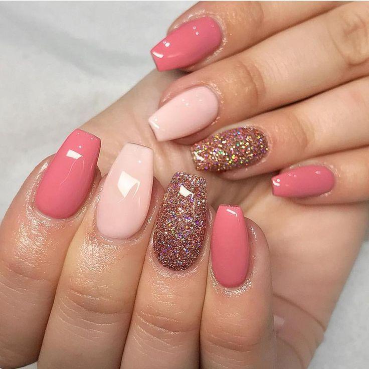 25 +> Was für eine schöne Kombination! Magpie Glitter ERIN vervollständigt die gesamte Farbe … – Nägel