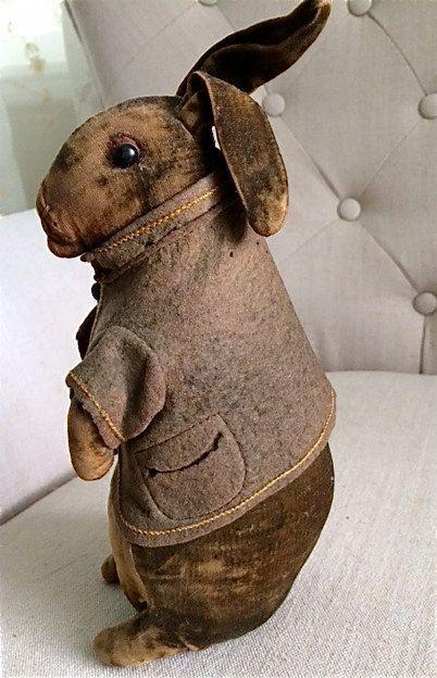 Antique Steiff-like Velvet Rabbit by MausandFigge on Etsy